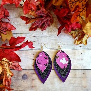 💎2/$20 Mickey Mouse Halloween Leather Earrings